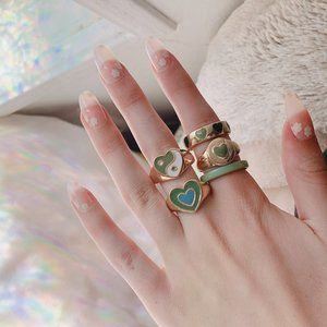 🤍 Light Green y2k Ring Set